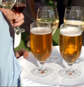 WeddingBee: How much wine and beer?